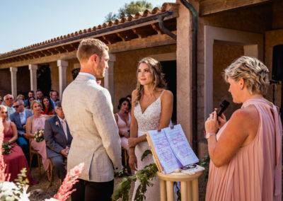 mallorca-wedding-celebrant-english-sally